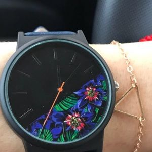 DARK BLUE LEATHER FLORAL WATCH